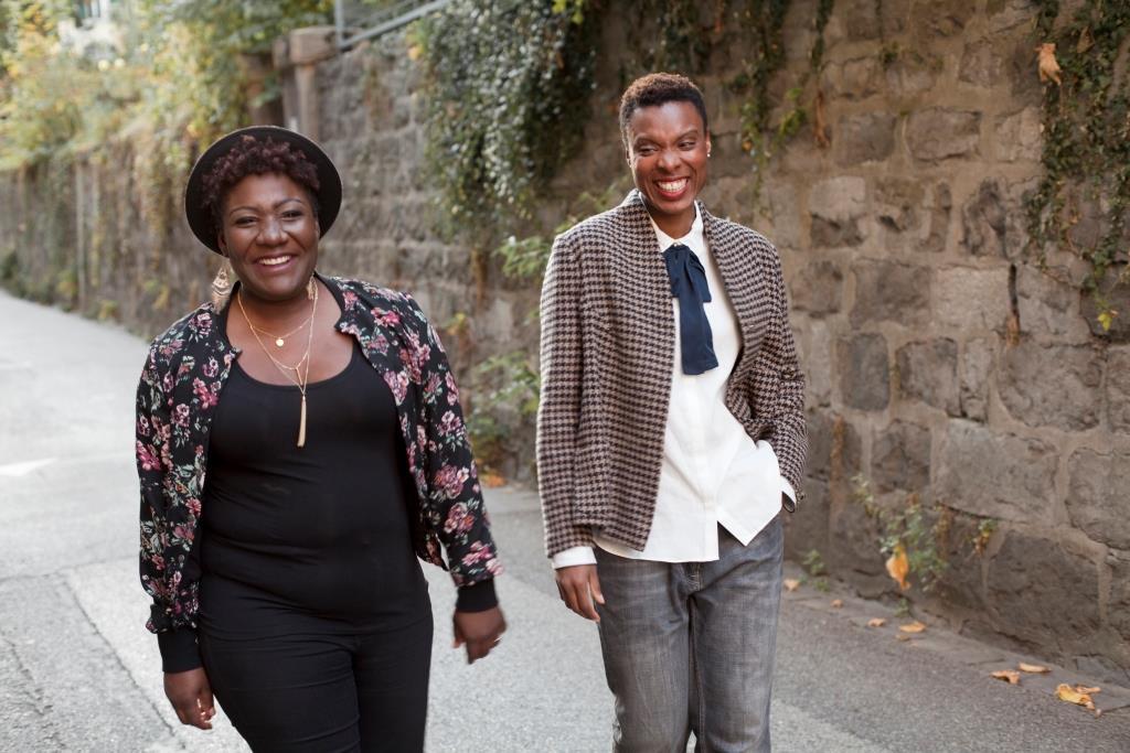 Carine et Sylvie, les spécialistes des cheveux afros